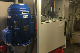 Opbouw EHTU 22 power unit op locatie